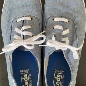 Keds Shoes - Less Champion Sneaker